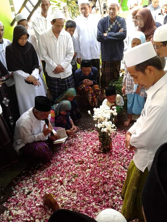 KH. Nawawi Abdul Aziz